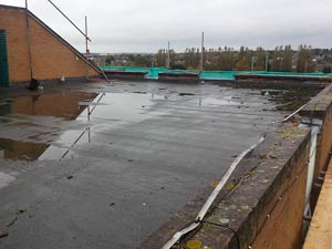 Housing association roof without any protection